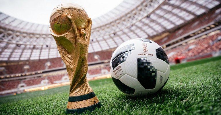 H FIFA… τρέμει τα selfie stick