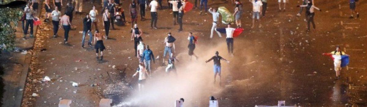 Δυο νεκροί και ταραχές στη Γαλλία!