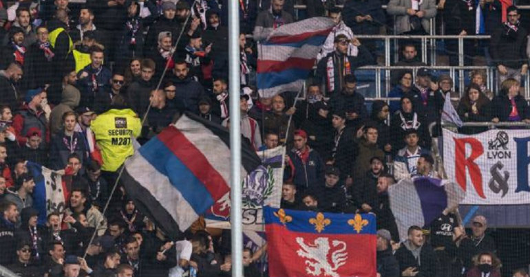 Συμπλοκές οπαδών στη Βαρκελώνη