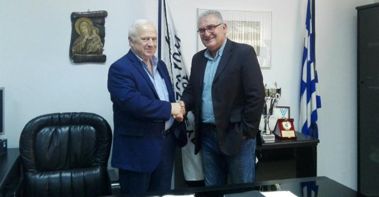 Ο Ακριτίδης στα γραφεία του ΑΣ ΠΑΟΚ (pic)