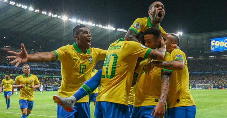 Η Βραζιλία στον τελικό!