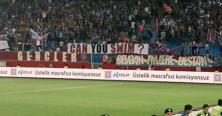 Εμετικό πανό των Τούρκων