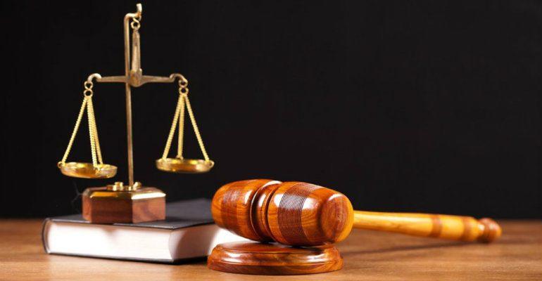 Έλεγχος για συνταξιούχο δικαστή
