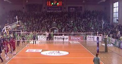 Δακρυγόνο σε κλειστό γήπεδο! (video)