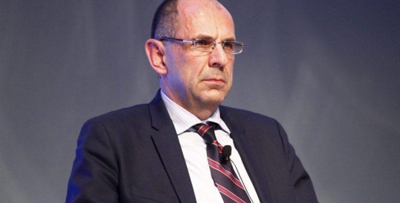 Γεραπετρίτης: «Η ΕΕΑ δεν αποφασίζει»