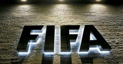 Στήριξη της FIFA σε διαιτητή που δήλωσε ομοφυλόφιλος