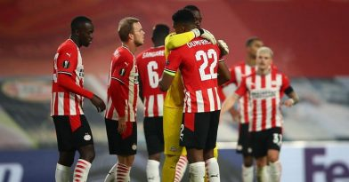 Δυσκολεύτηκε, αλλά κέρδισε η PSV (video)