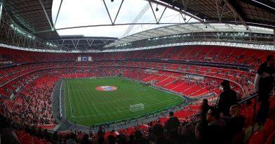 Aκατάλληλο για ανηλίκους το League Cup Αγγλίας!